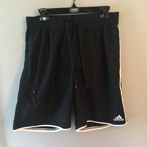 🌿Adidas black swim shorts with lining!